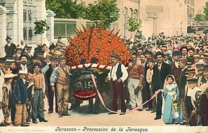 old_postcard_of_saint_martha_celebration_in_tarascon